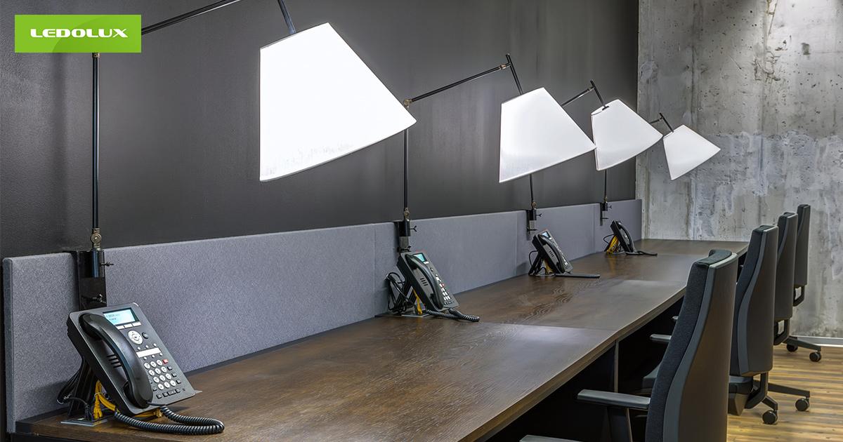 Nowoczesne Oświetlenie Biurowe Spełniające Aktualne Normy