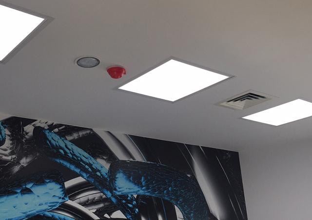 Lampy przemysłowe LED dla Dipol