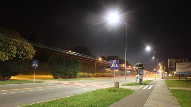 Ulice Rzeszowa - Oświetlenie Lampa PIKE J DOB